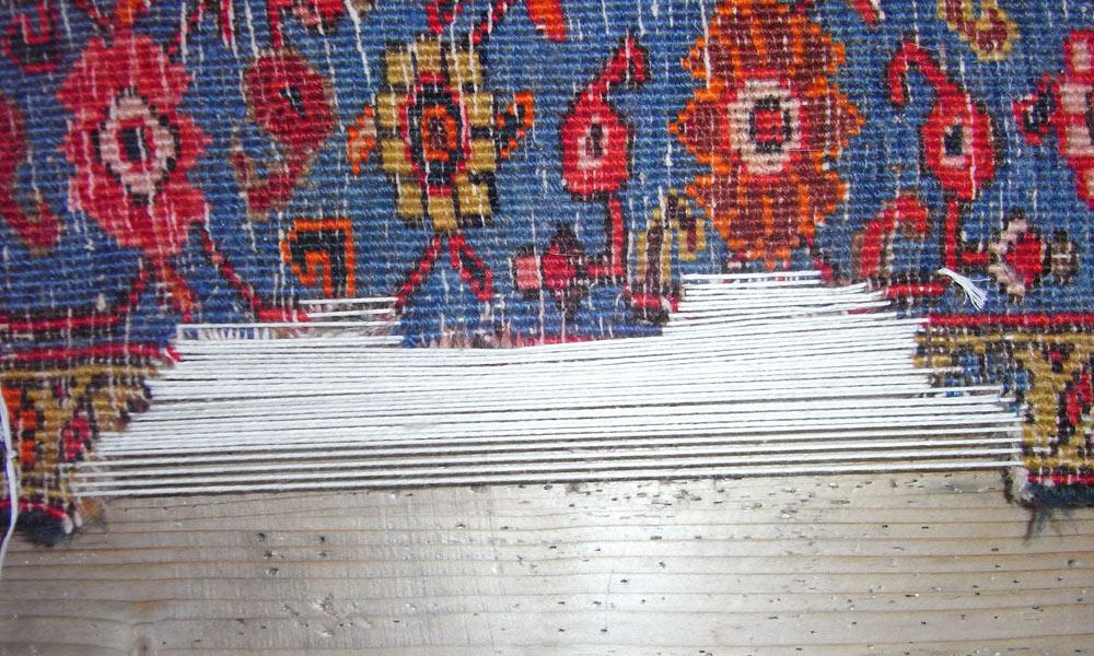 Teppichlöcher reparieren